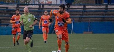 Luego de 26 años de carrera y 31 clubes, se retiró Sebastián el 'Loco' Abreu