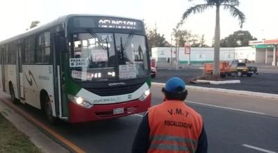 Liberan vehículos especiales debido a paro del transporte público