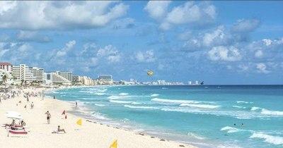La Nación / Balacera en playa de Cancún deja dos muertos y una turista de EEUU herida