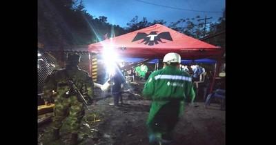 La Nación / Al menos dos muertos y siete personas atrapadas tras accidente minero en Colombia