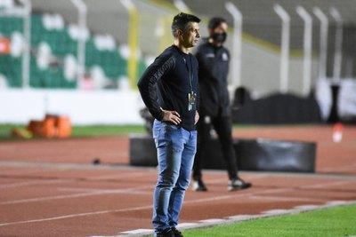 Florentín desea fichar a Ronaldo Martínez y Aldo Quiñónez