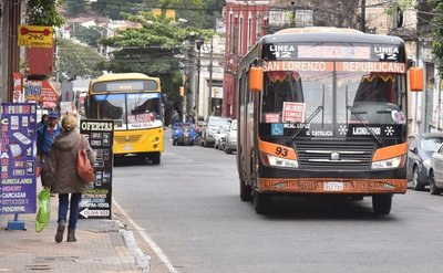 Se levanta el paro del transporte público