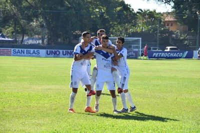 Sportivo Ameliano goleó y alcanzó a los líderes de la División Intermedia