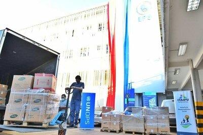 Itaipu entrega nuevo lote de equipos e insumos al Hospital Respiratorio del Alto Paraná