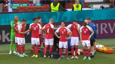 El jugador danés Christian Eriksen sufre un paro cardíaco durante el encuentro con Finlandia por la Eurocopa