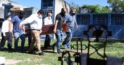 La Nación / Cementerios de Asunción al tope con casi 100% de aumento de exhumaciones