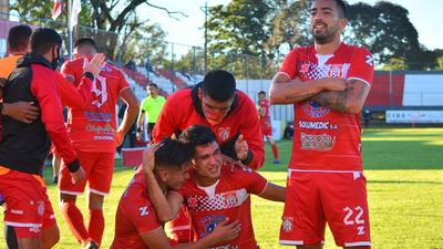 Los goles del triunfo 5-2 de General Caballero JLM sobre Deportivo Santaní