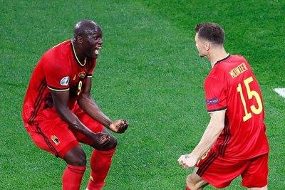 Bélgica arrasa a Rusia con exhibición de Lukaku