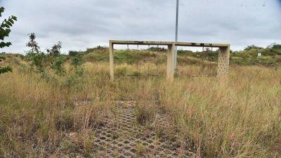 Intención de limpieza del Parque de la Solidaridad parece estar lejos