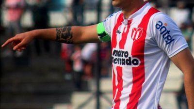 Agustín Ale ya está en el país y firmará  el lunes
