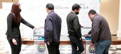 Socializan Máquina de Votación en oficinas gubernamentales