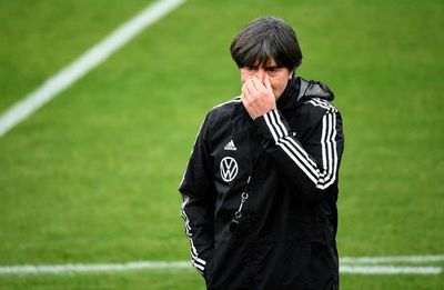 Alemania, tres defensas y potencia en las bandas para vencer a Francia