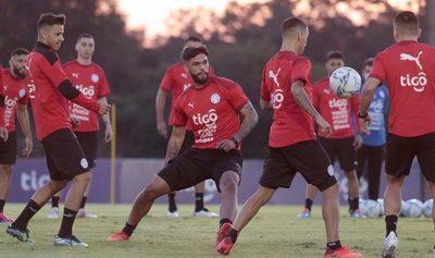 La Albirroja parte este domingo rumbo a la Copa América