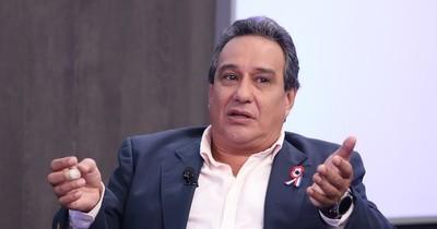 La Nación / Bachi extiende su apoyo a Hugo Javier y denuncia persecución política