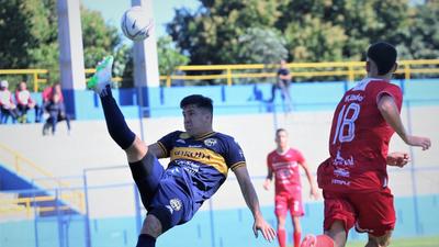 Resumen del partido Trinidense 1-1 Fernando de la Mora