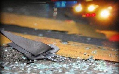 Tres personas pierden la vida tras caída de auto a un arroyo