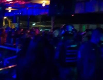 Encuentran a unas 440 personas aglomeradas en un local nocturno en Ñemby