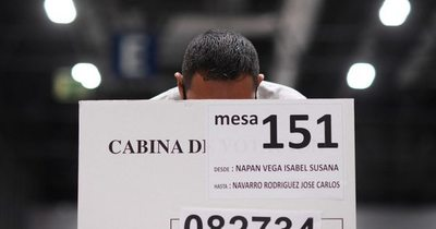 La Nación / Expresidentes instan a Perú a no declarar un ganador antes de resolver impugnaciones