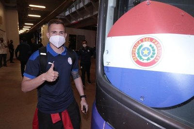 La Copa América da la bienvenida a Paraguay en su arribo a Goiânia