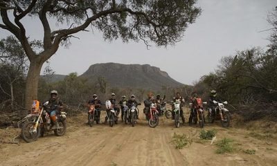 """Atravesar el Chaco en moto: """"KTM Hito Challenge"""", la nueva serie"""