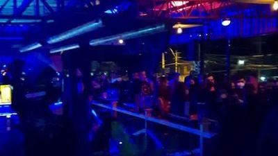Más de 600 identificados en bares por aglomeración