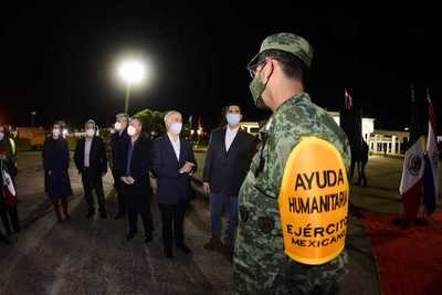 """""""México mira al sur de forma solidaria y está dispuesto a contribuir con Paraguay"""""""