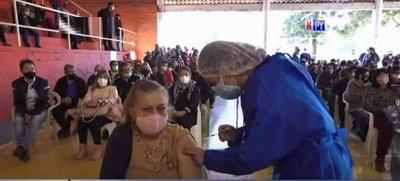 Récord de vacunados este fin de semana: Más de 49.000 personas