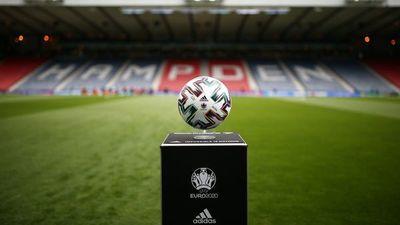 Escocia ante República Checa abren el lunes en la Eurocopa