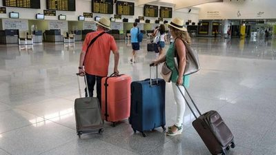 La UE levanta el veto a los viajes dentro de la Unión para quienes tengan 'pasaportes' covid