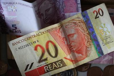 La actividad económica de Brasil se acelera un 0,44 % en abril