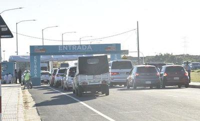 COVID-19: prosigue la jornada de vacunación en la Costanera de Asunción