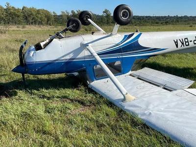 Avioneta capotó en el aeropuerto Silvio Pettirossi