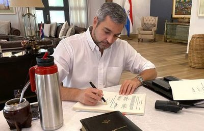 "Abdo Benítez veta ley de ""autoblindaje"""
