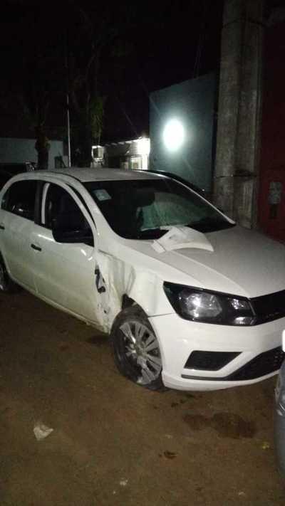 Brasileños se accidentan al desviar a un perro en el microcentro de CDE