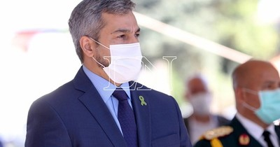 La Nación / Abdo Benítez veta ley de autoblindaje por colisionar con la Constitución