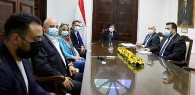Canciller se reunió con inversionistas egipcios que producirán insumos hospitalarios