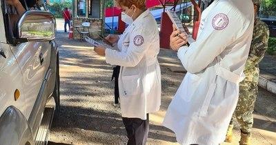 La Nación / Unos 500 estudiantes de la Facultad de Ciencias Médicas colaboran en proceso de vacunación