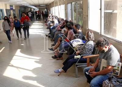 IPS: 10.000 trabajadores asegurados con suspensión laboral cobrarían subsidio a fin de mes