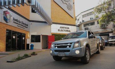 Parten a todo el país los vehículos con maletines electorales y Máquinas de Votación