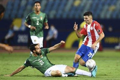 Julio Enciso; el segundo albirrojo más joven en debutar en Copa América