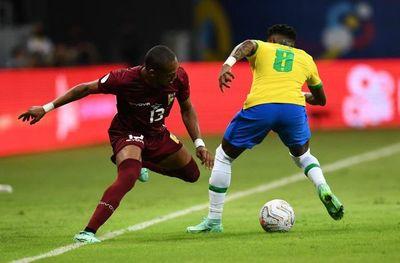 El brasileño Fred dice que en la Copa América no hay partido fácil