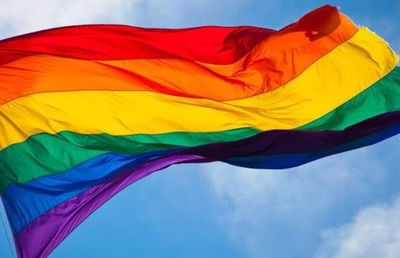 Chile debate ser el octavo país latinoamericano en aprobar el matrimonio igualitario