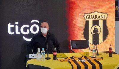 Fernando Jubero anuncia un Guaraní ofensivo y la promoción de juveniles