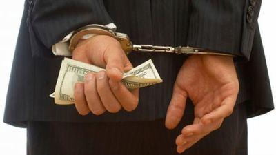 Procesan a comerciantes y abogados por supuesta estafa