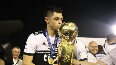 Olimpia despide a Rodrigo Rojas