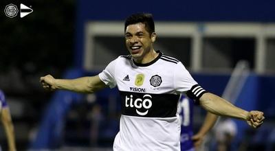 Rodrigo Rojas dejó de ser jugador de Olimpia