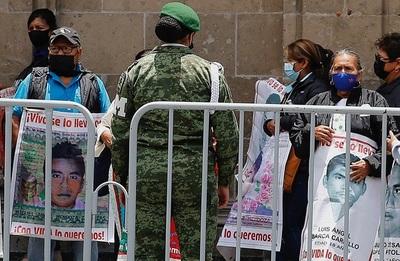 Restos de estudiante de Ayotzinapa tienen certeza genética del 99,99 %