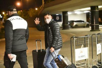 Víctor Salazar llegó al país para jugar en Olimpia