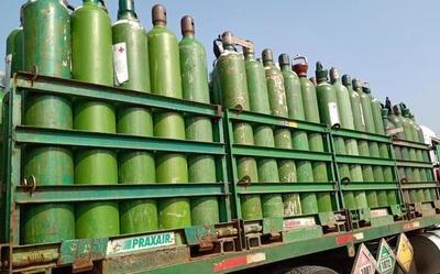 Volcó un camión que transportaba oxígeno medicinal en Curuguaty – Prensa 5