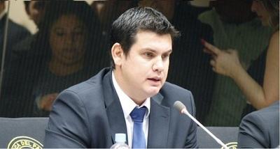 """""""Queremos ordenar la casa"""", dice candidato a presidente del PLRA"""